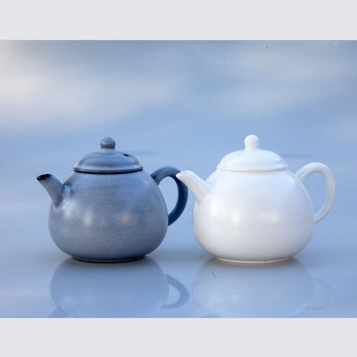 Architectural Grey Teapot (Pear Shape) + 2 tea gifts