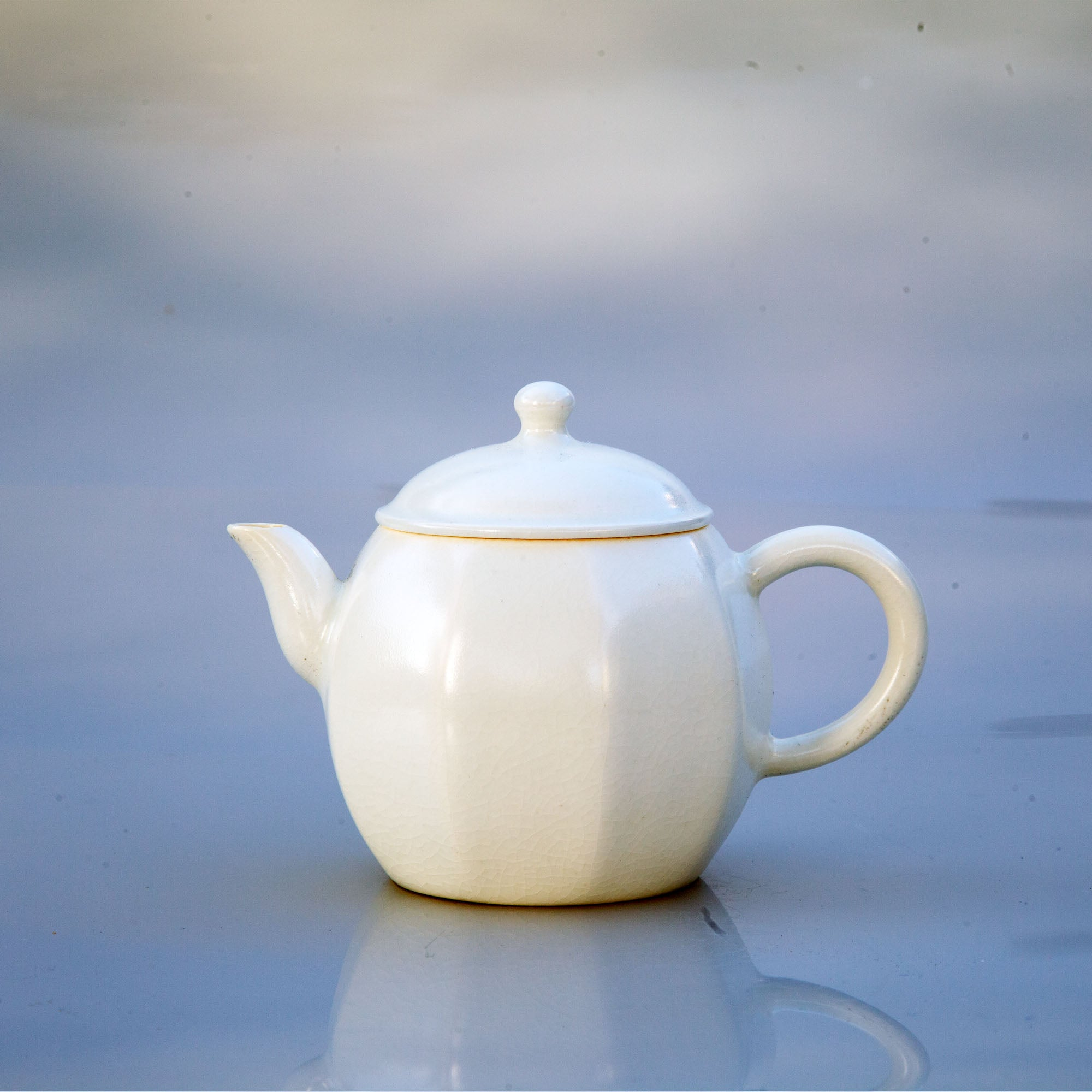 Jade White Teapot (Nine Square) + 2 tea gifts