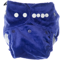 Snap down the front of the nappy to the top row of snaps, leaving two rows of snaps showing. Fasten the front wings to the required setting for your baby.  You may wish to use the hip snaps to help give a fantastic fit, simply fasten the hip snaps at the same time you are fastening the front wings. If using the hip snaps, you can tuck the hip snap cover away in the hidden pocket. If you are using the outer snaps around the waist and don't need the hip snaps, replace the hip snap covers, so no snaps will touch your baby's delicate skin.     Soakers Pads: You can adjust the soaker pads in any combination of ways that you find best suits your baby, but we recommend starting with the following:  For boys use the long soaker pad adjusted to the large setting, with the mini soaker attached, snapped in at the front (yellow to purple).  For girls use the long soaker pad adjusted to the large setting, with the mini soaker attached, snapped in at the back (yellow to yellow). You can use the shorter soaker pad as well snapped in at the other end if you find you need it.  For night time, you can use all three soaker pads, plus add an extra itti bitti mini booster to the short soaker pad for extra absorbency.