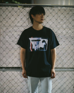 INTO THE NIGHT Tシャツ