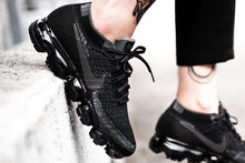 Load image into Gallery viewer, Nike air vapormax Black Grey Original
