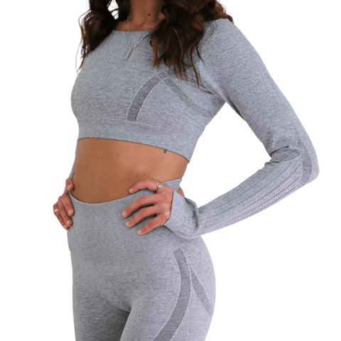 LIGHTWEIGHT SEAMLESS CROP TOP - byCRUZ