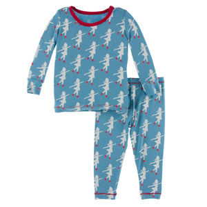 KICKEE PANTS WINTER CELEBRATIONS PRESALE LS PJ SET BLUE MOON ICE SKATER