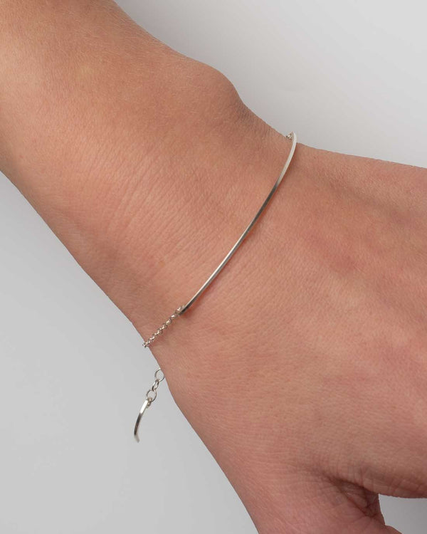 By Boe Armband Curved Wire Silber