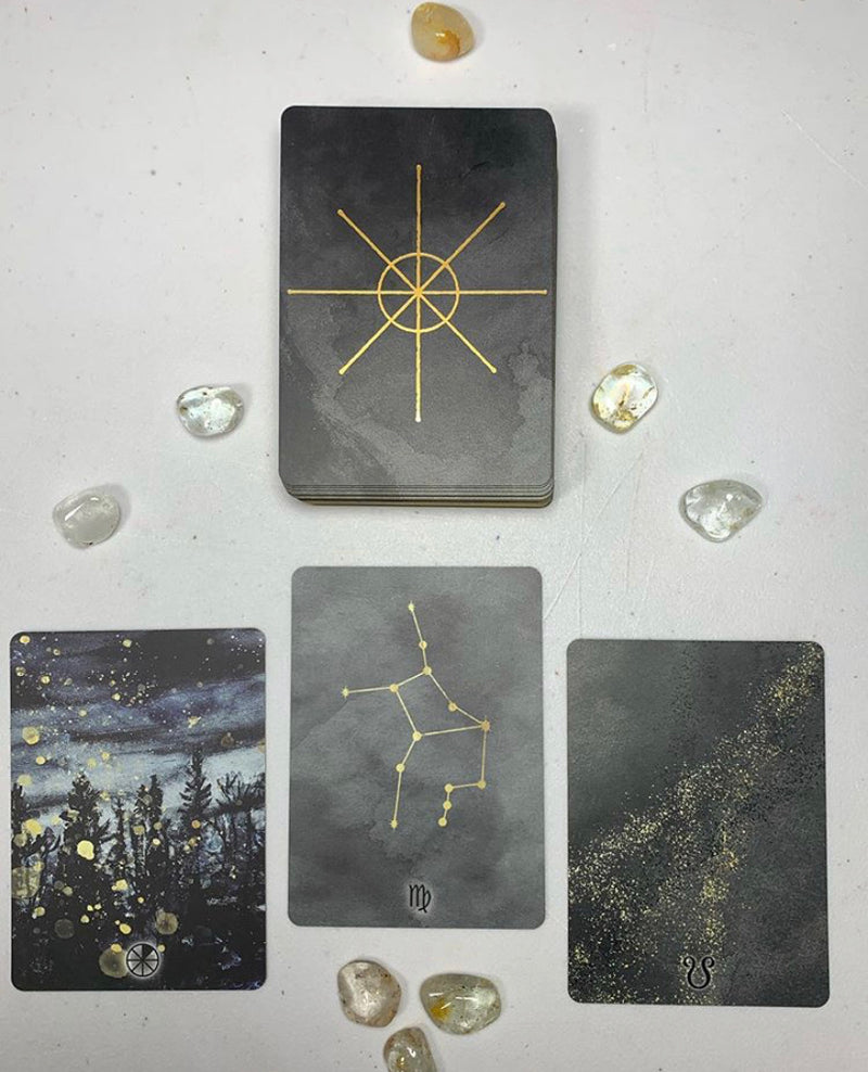 The Living Wheel Astrology Cards/Oracle
