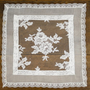 Authentic Chantilly Lace Centrepiece - CH202