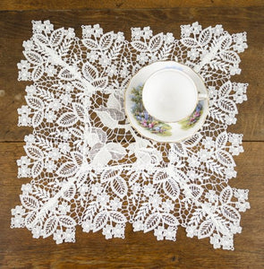 English Rose Garden Table Topper - TC160-R