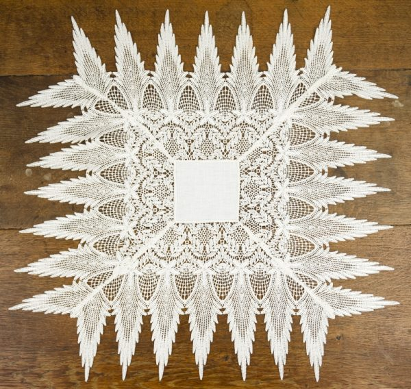 Angel Wing Table Topper