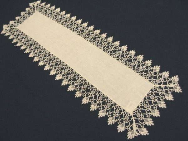 Mackintosh Table Runner