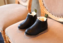 Load image into Gallery viewer, Handmade Martin Leather Plush Shoes