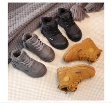 Load image into Gallery viewer, 'Lace-up' winter Kids boots