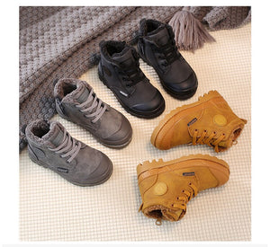 'Lace-up' winter Kids boots