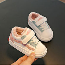 Load image into Gallery viewer, Comfortable  Warm Plus winter Toddler shoes