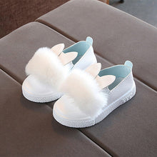 Load image into Gallery viewer, Baby girls rabbit ear pompom shoes