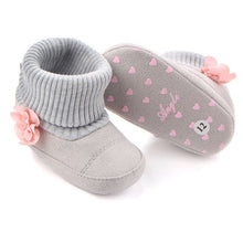Load image into Gallery viewer, Top selling winter crib shoes