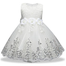 Load image into Gallery viewer, Charismatic Lace Sequins Christmas Weeding Gowns