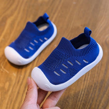 Load image into Gallery viewer, Limited Edition 'Marley Mesh' Baby Shoes [v. 2]