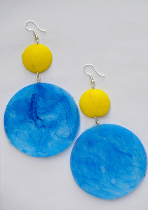 Yellow and Transparent Blue Saucers