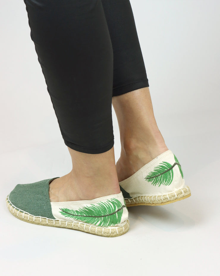 ANAS | BLAIZ | Cream & Green Feather Espadrilles