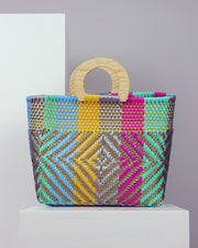 Mía Wooden Handle Woven Tote