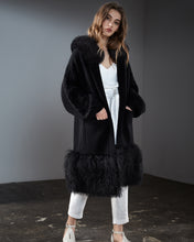 Load image into Gallery viewer, Black Cable Knit Coat