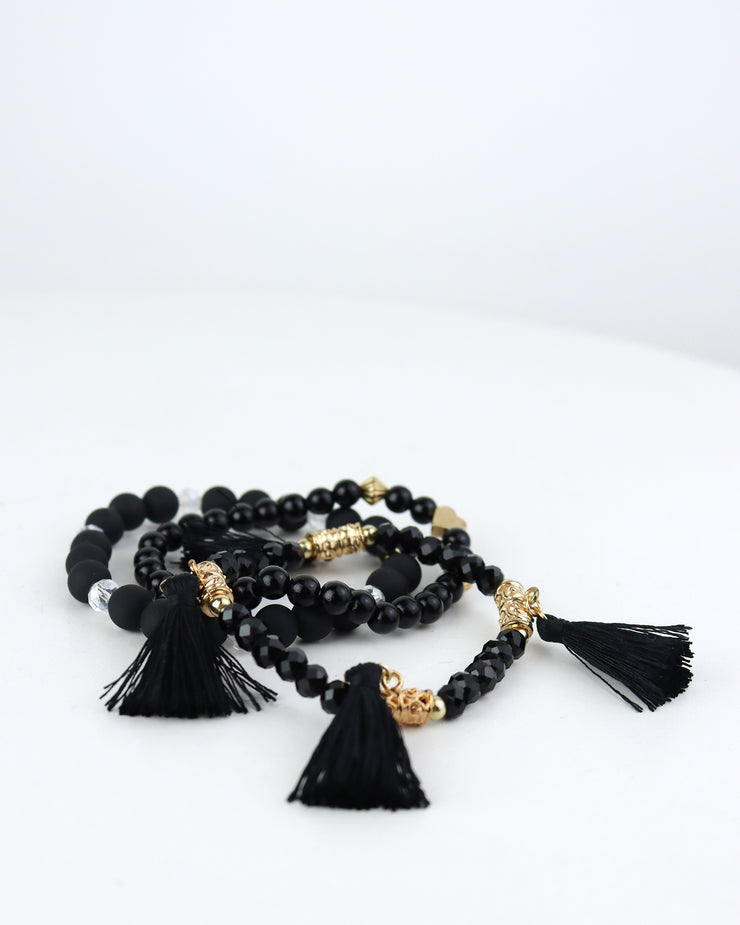Tassels & Heart Bracelet Set in Black