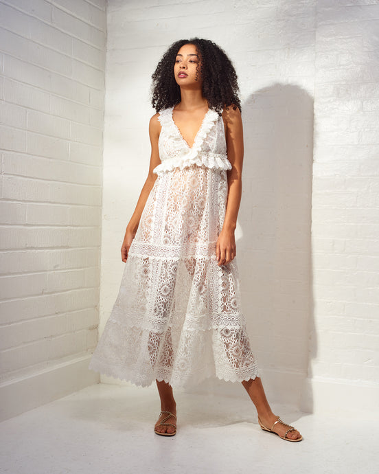 Chic Escape White Maxi Dress