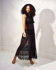 Chic Escape Black Maxi Dress