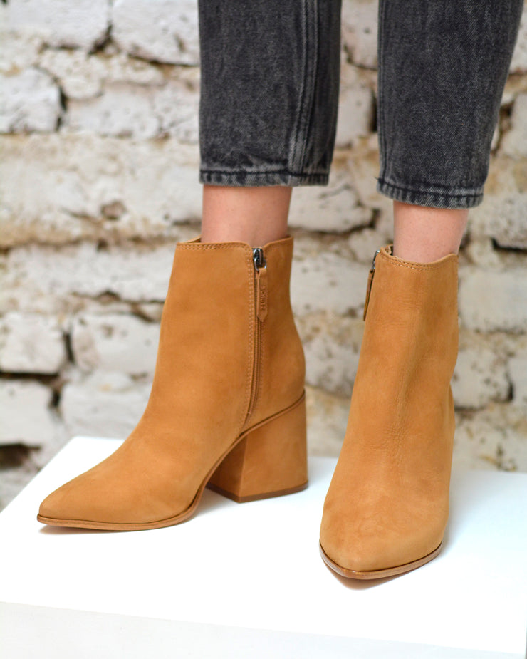 SCHUTZ | BLAIZ | Tan Leather Ankle Boots Block Heel