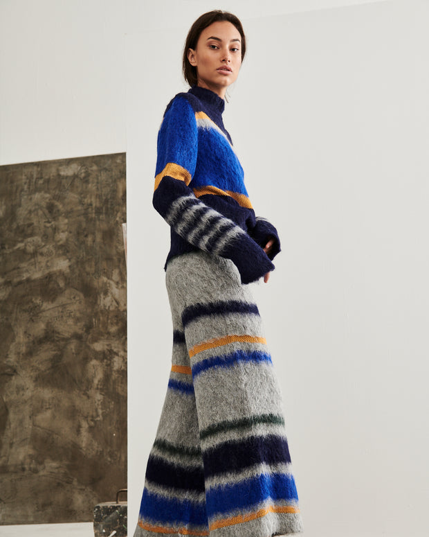 ESCVDO | BLAIZ | Blue Shell Fuzzy Knit Jumper