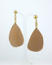 ROSE KHBEIS | Beige Feather Drop Earrings
