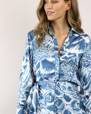 BLAIZ | Agua De Coco | Blue Ara Button Sleeve Blouse