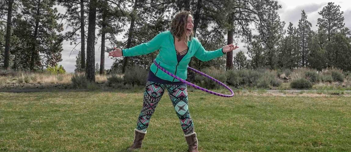 How To Find the Best Hula Hoop Size - The Spinsterz