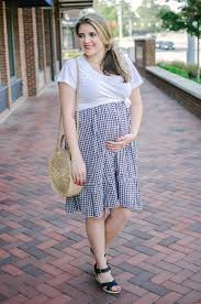 ENJOY YOUR FIRST MOTHER'S DAY WITH CUTE MATERNITY CLOTHES