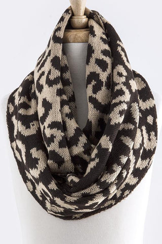 Gorgeous Organic Pattern Infinty Knit Scarf