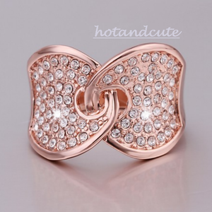 Rose Gold Plated Ring with Swarovski Crystals