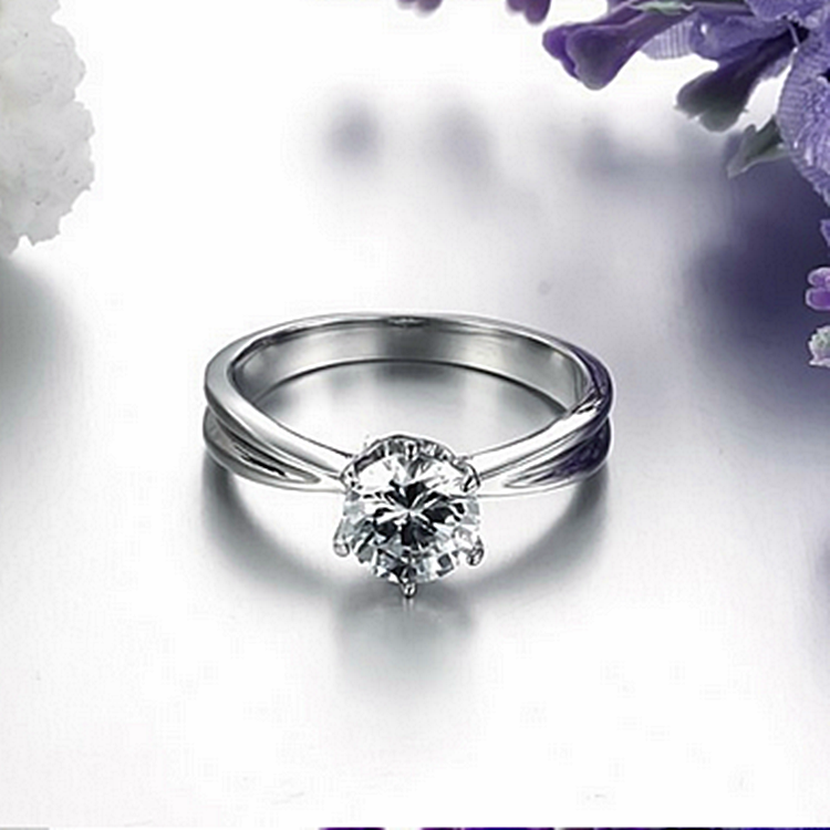 Highest Quality Titanium Stainless Steel 316L Solitaire Ring with Swarovski Crystals