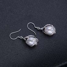 Load image into Gallery viewer, Stunning Sterling Silver Drop Freshwater Pearl and Swarovski Crystals Set