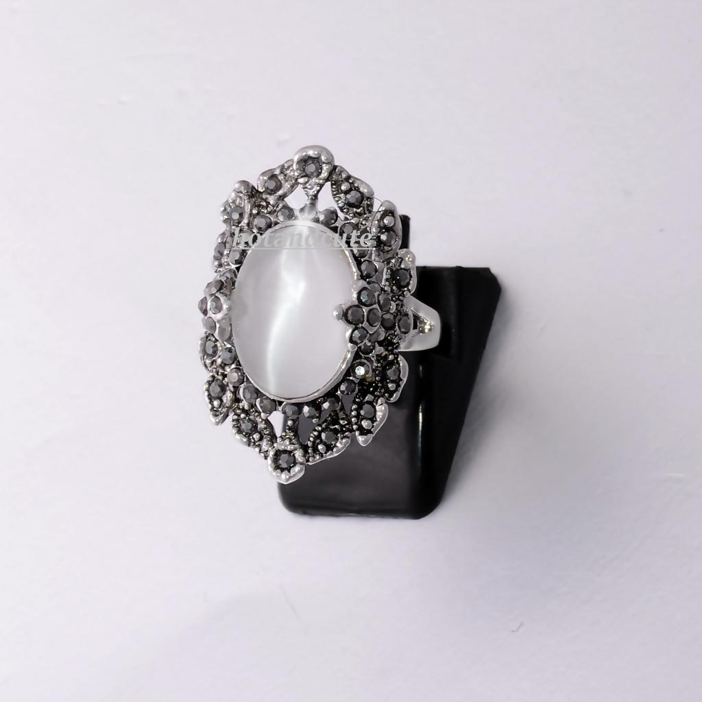 White Gold Plated Ring with Mother of Pearl and Marcasites Stones