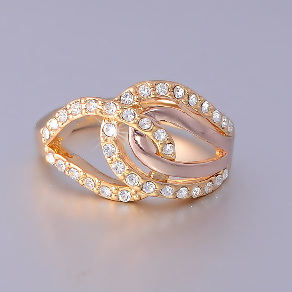 Yellow Gold Plated RING with Swarovski Crystals