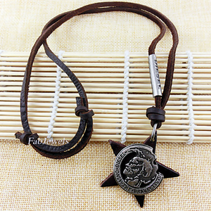 Fashionable Stainless Steel and Leather Neckalce