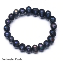 Load image into Gallery viewer, Beautiful Natural Freshwater Pearl Elasticated Bracelet.