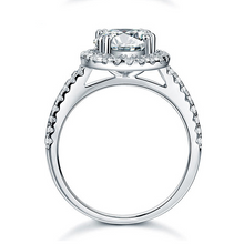 Load image into Gallery viewer, Highest Quality Titanium Stainless Steel 316L Halo Ring with Swarovski Crystals