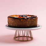 burnt-cheesecake-with-fruits