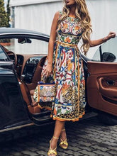 Load image into Gallery viewer, Round-Necked Sleeveless Vintage Print Maxi Dress