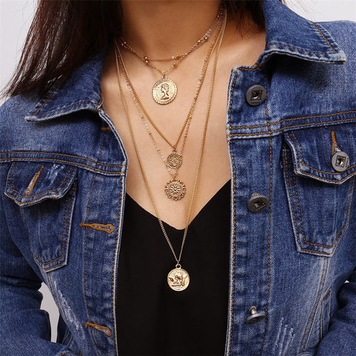 Multi-layer round retro queen avatar creative necklace