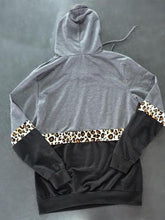 Load image into Gallery viewer, Hooded Leopard Stitching Hoodies