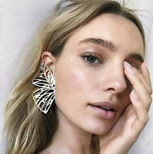 Load image into Gallery viewer, Butterfly Wings Wing Metal Cutout Earrings