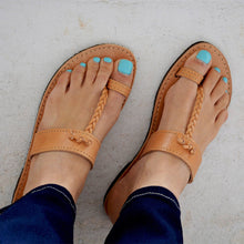 Load image into Gallery viewer, Women Leather Sandals