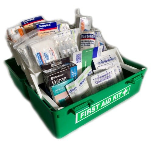 LARGE CONSTRUCTION GREEN TACKLE FIRST AID KIT